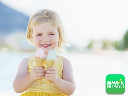 5 chất liệu cần tránh khi chọn quần áo cho bé